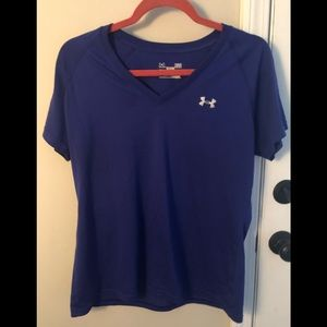 EUC v-neck Under Armour shirt (semi fitted)